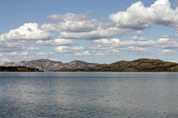 lake-laberge-85694_1920
